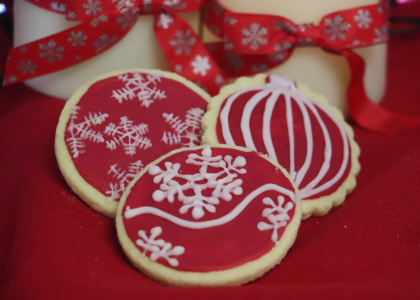 Add a touch of Christmas to your products with our decorations and recipe ideas