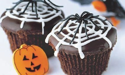 Spider Web Cakes